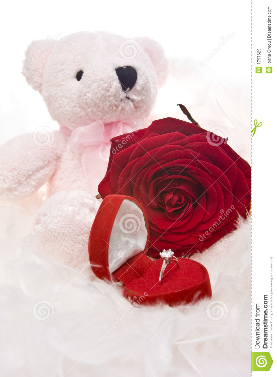 Teddy Bears With Hearts And Roses Drawing