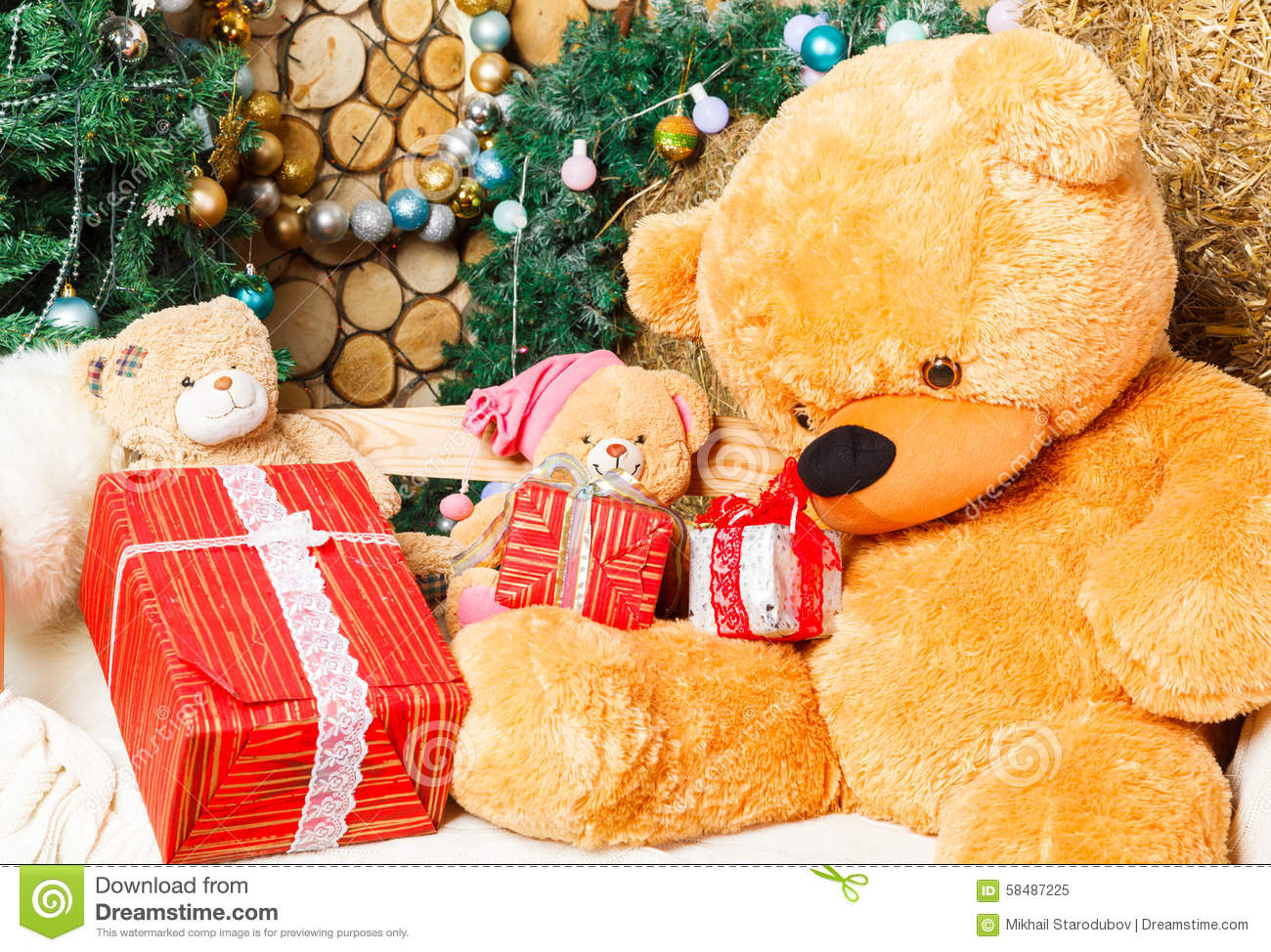 Teddy Bear Under The Christmas Tree Stock Image Image Of