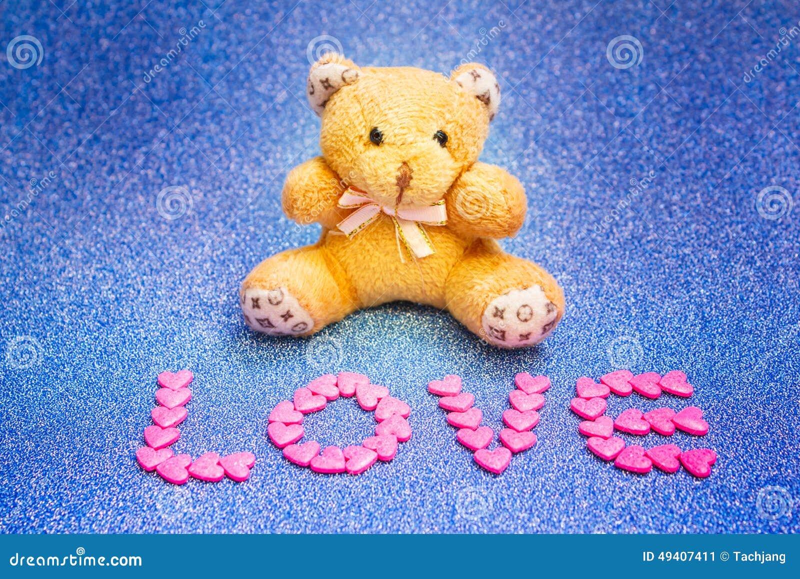 Download Teddybär Betreffen Blauen Hintergrund Stockbild - Bild von weich, neigung: 49407411