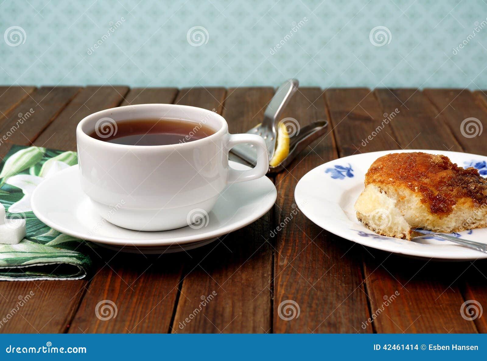 Tee und Kuchen Brunsviger