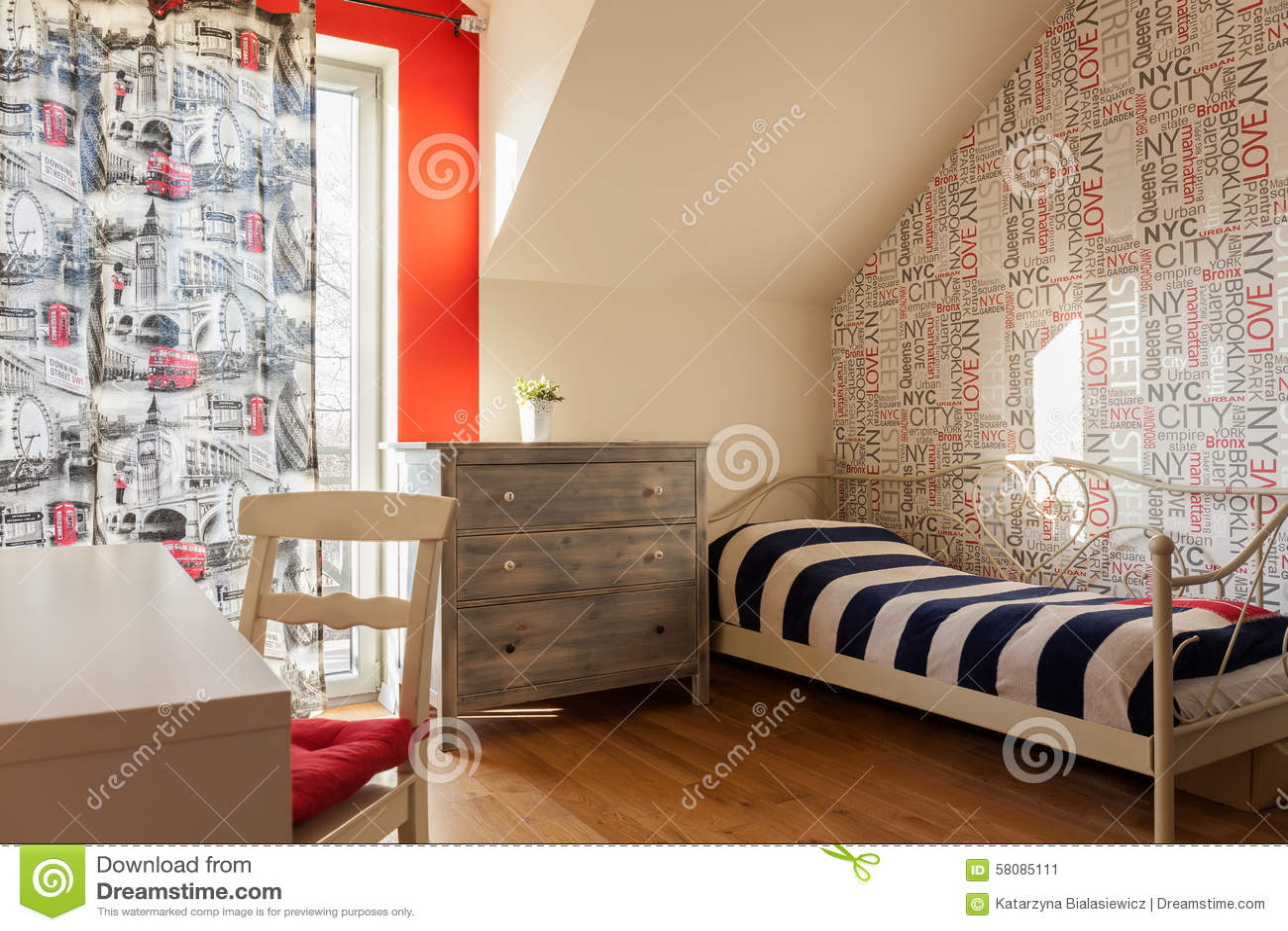 Teen bedroom in retro style. Teen Bedroom In Retro Style Stock Photo   Image  58085111