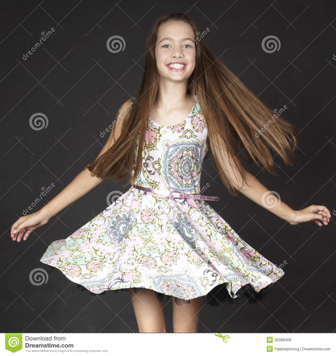 Black Girl Fashion: Teen Girl Fashion Stock Image. Image Of Close, Cute