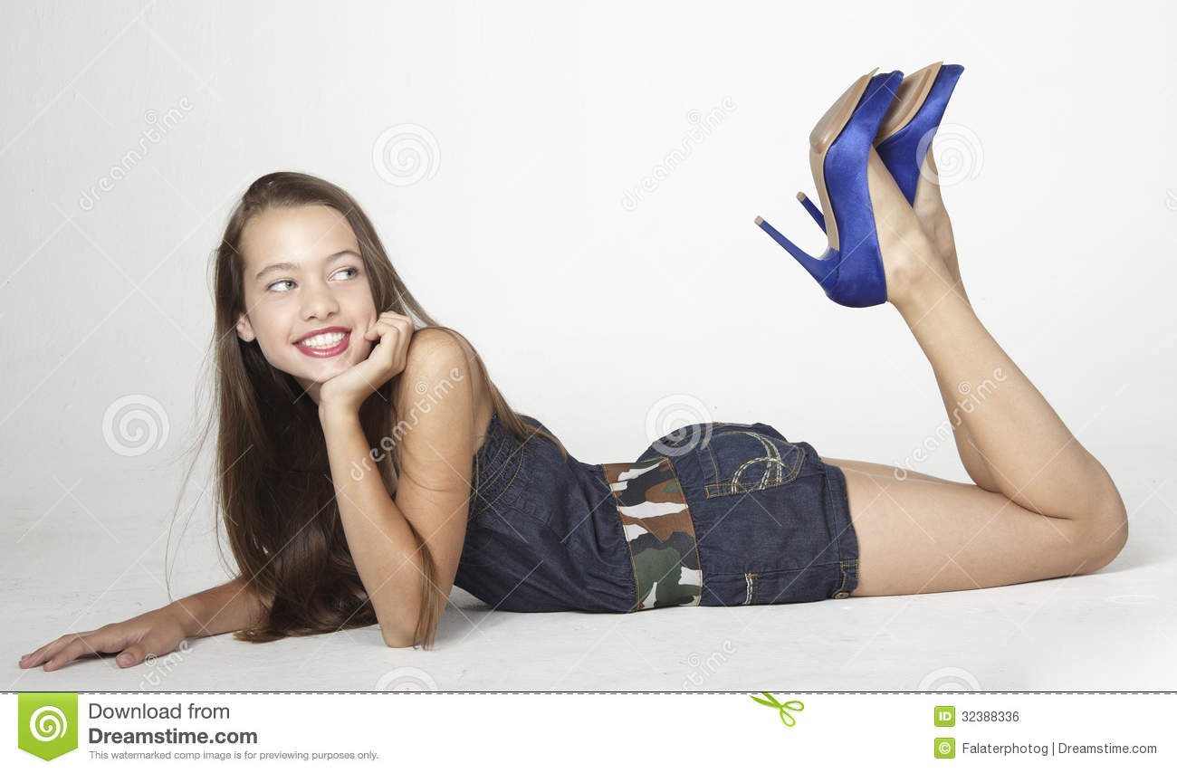 Teen Girl In Jean Shorts Royalty Free Stock Image - Image -4054