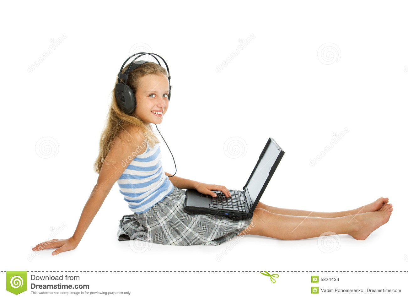 Beach Home Plans Teen Girl On Laptop With Earphones Stock Images Image