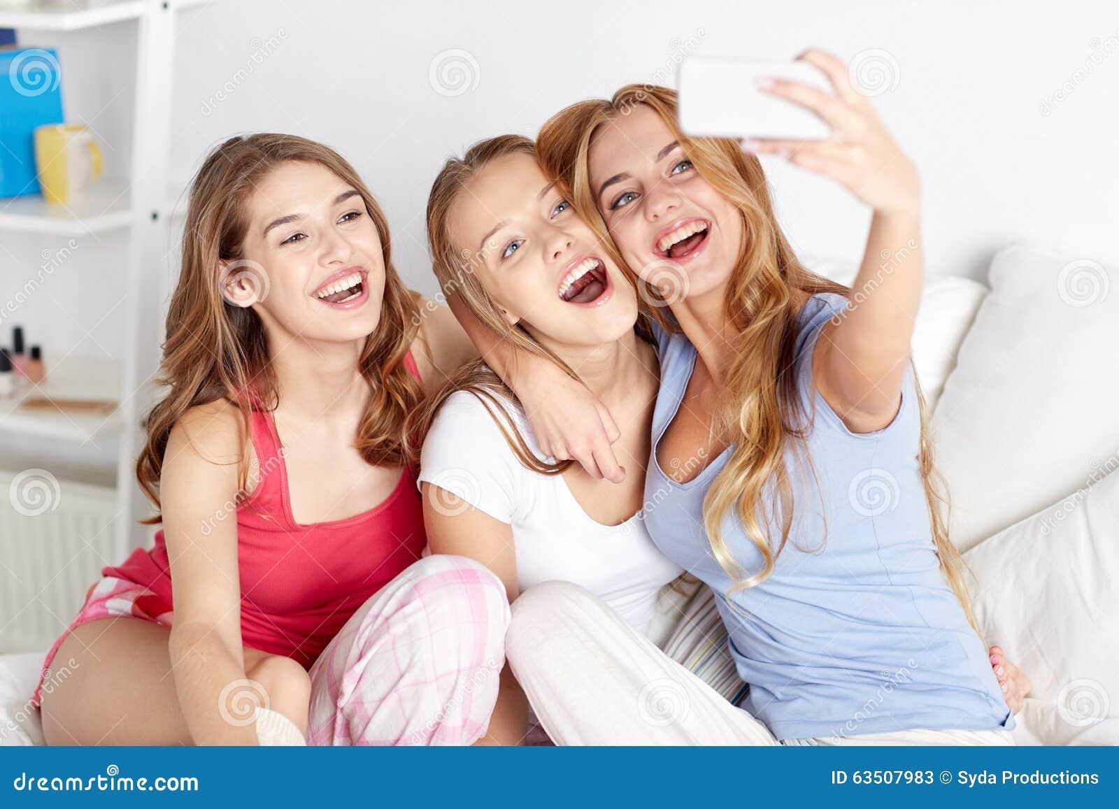 Selfie pajamas teen