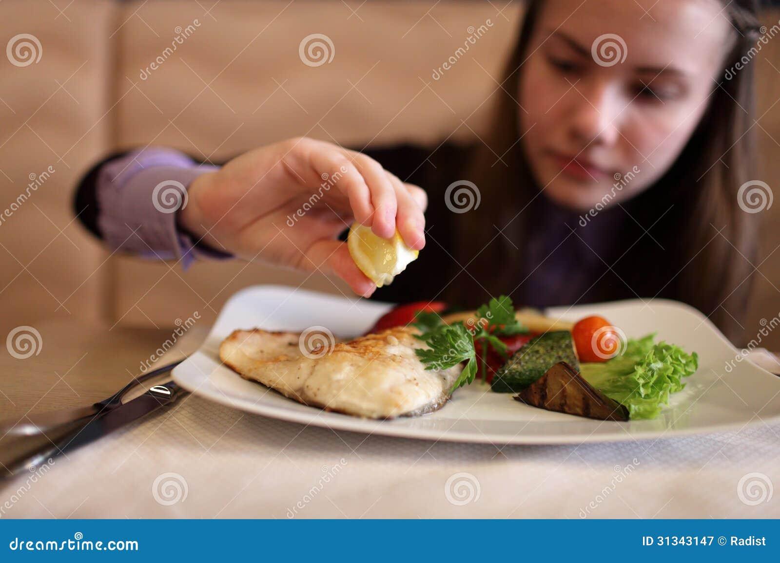Можно ли есть сырники на диете? - Консультация диетолога