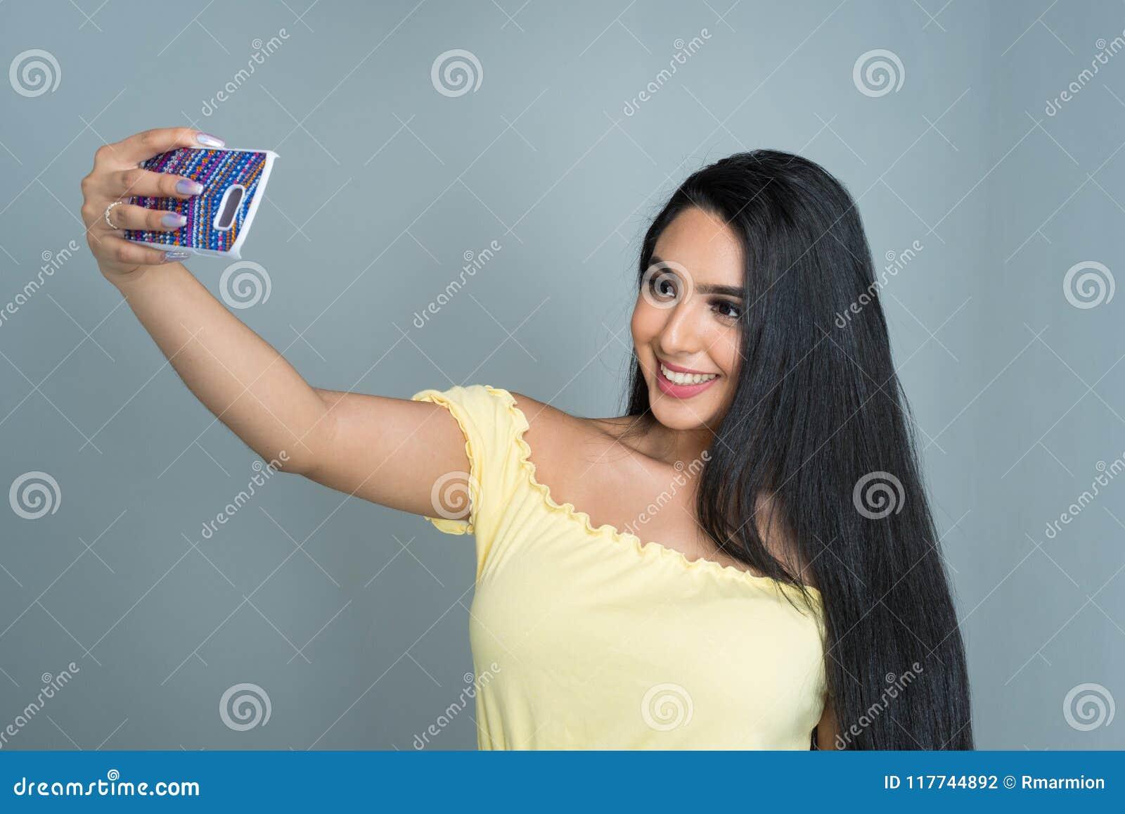 girl model teen Latin
