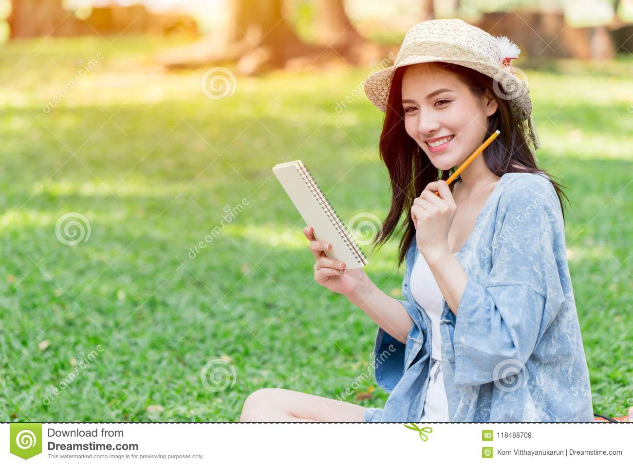 Teen smile to write note script letter