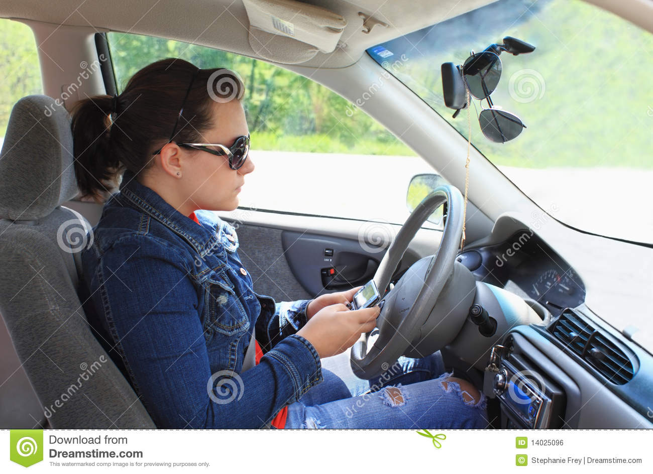 Driver Cellphone and Texting Bans in the United States: Evidence of Effectiveness