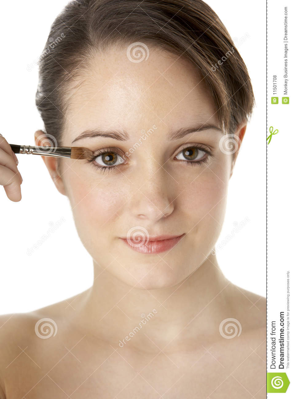 how to apply make up on a teen