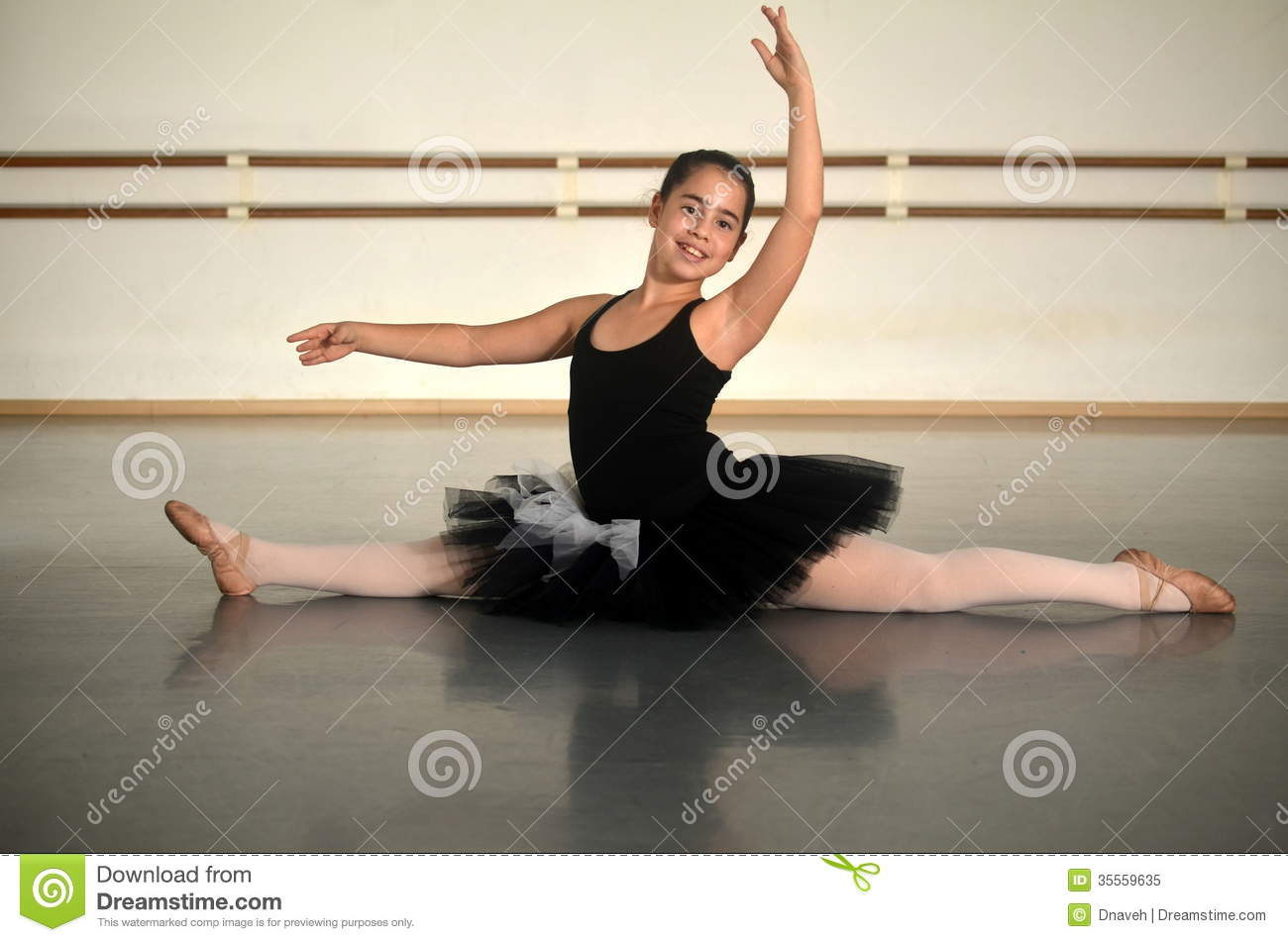 Teenage Girl Ballet Dancer In A Split Stock Image - Image -9731