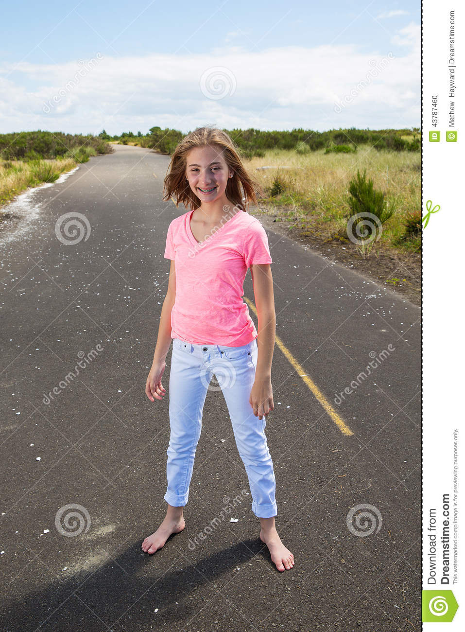 https://thumbs.dreamstime.com/z/teenage-girl-travels-barefoot-empty-road-pretty-teen-walking-country-bare-feet-43787460.jpg