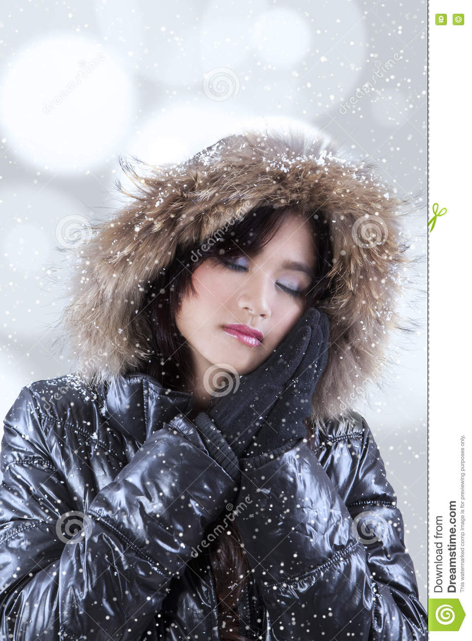 498112a62a53 Teenage Girl Wearing Winter Clothes Stock Photo - Image of gorgeous ...