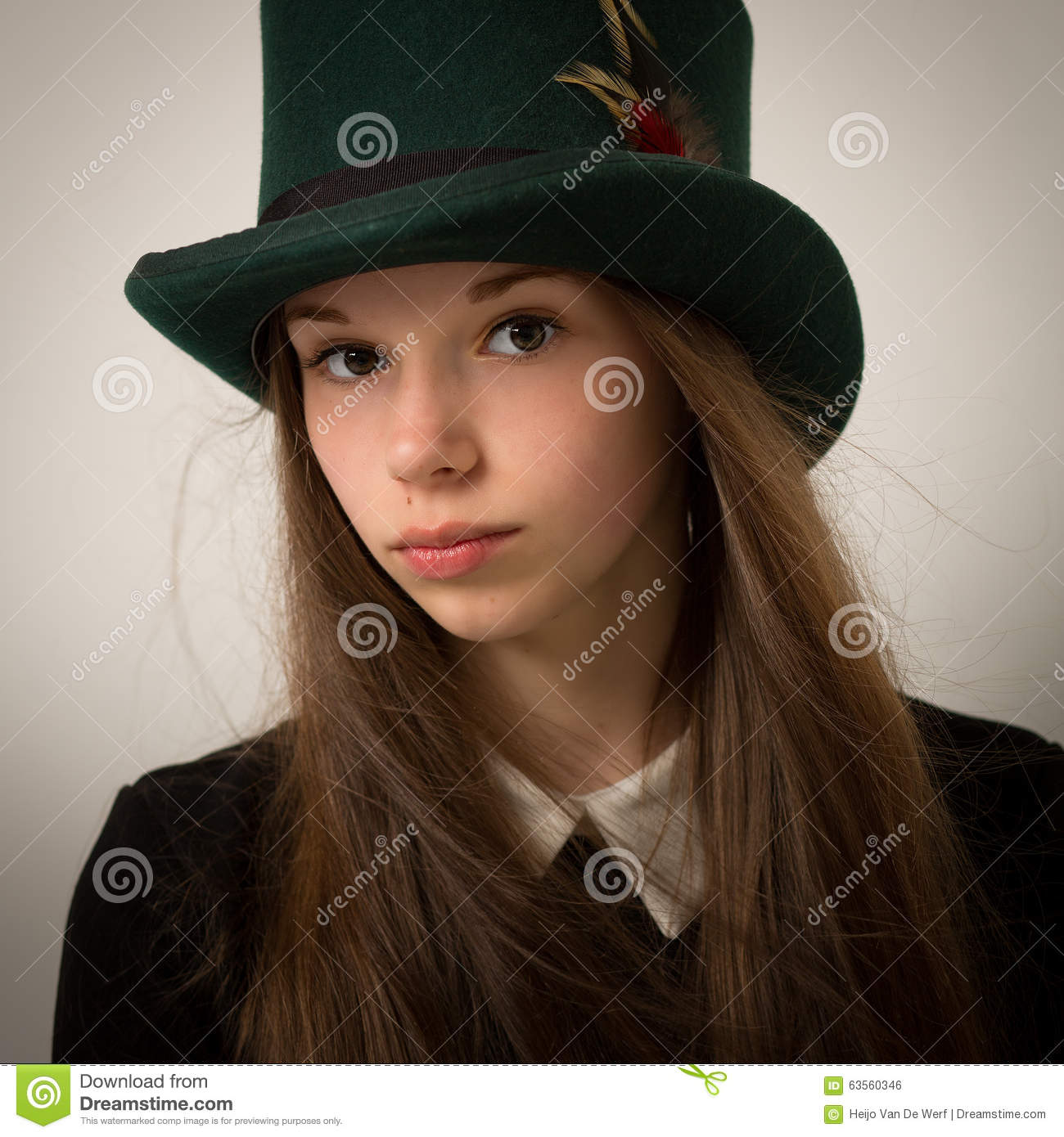 Teenage Victorian Girl With Very Long Hair And A Top Hat Stock Photo ... b33806d51