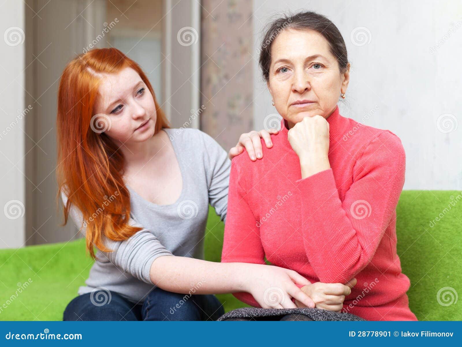 Teenager chiede il perdono dalla sua madre