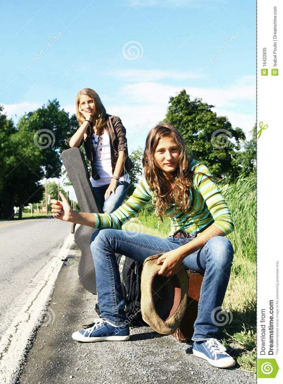 young-teen-hitchhikers