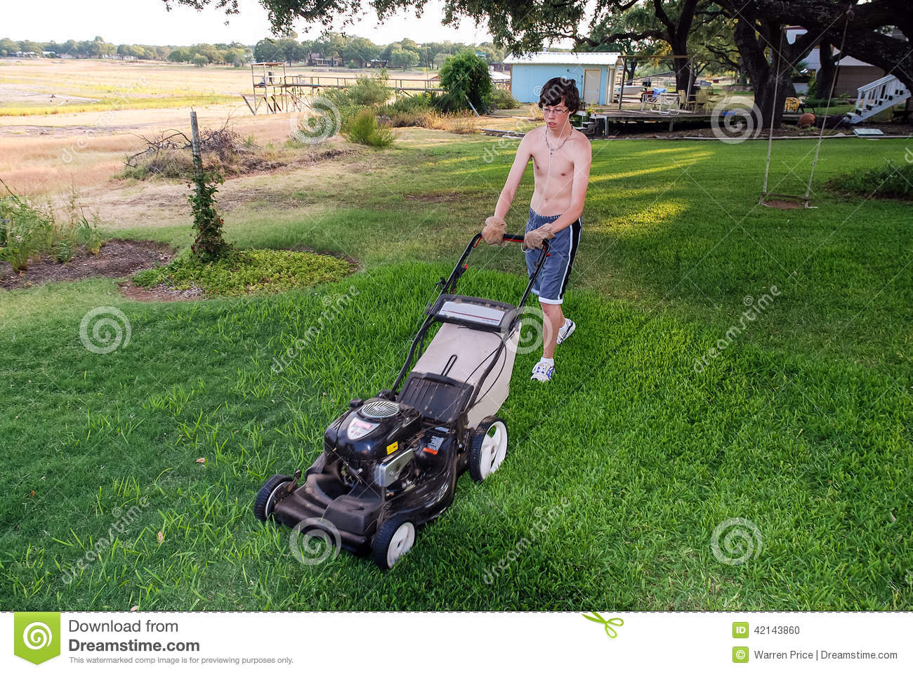 Gallery For gt Teen Mowing Lawn
