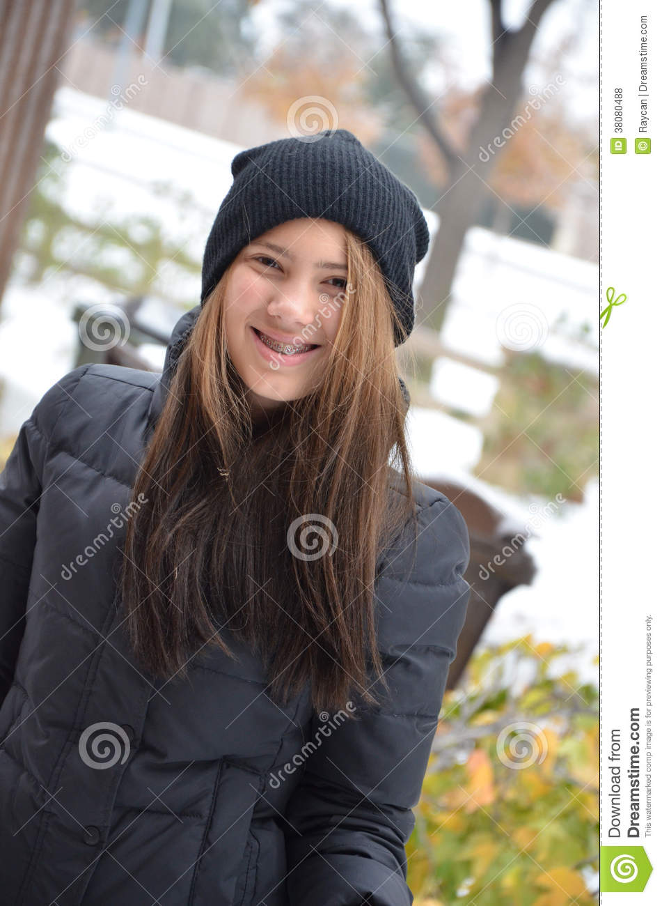 Teenager in neve