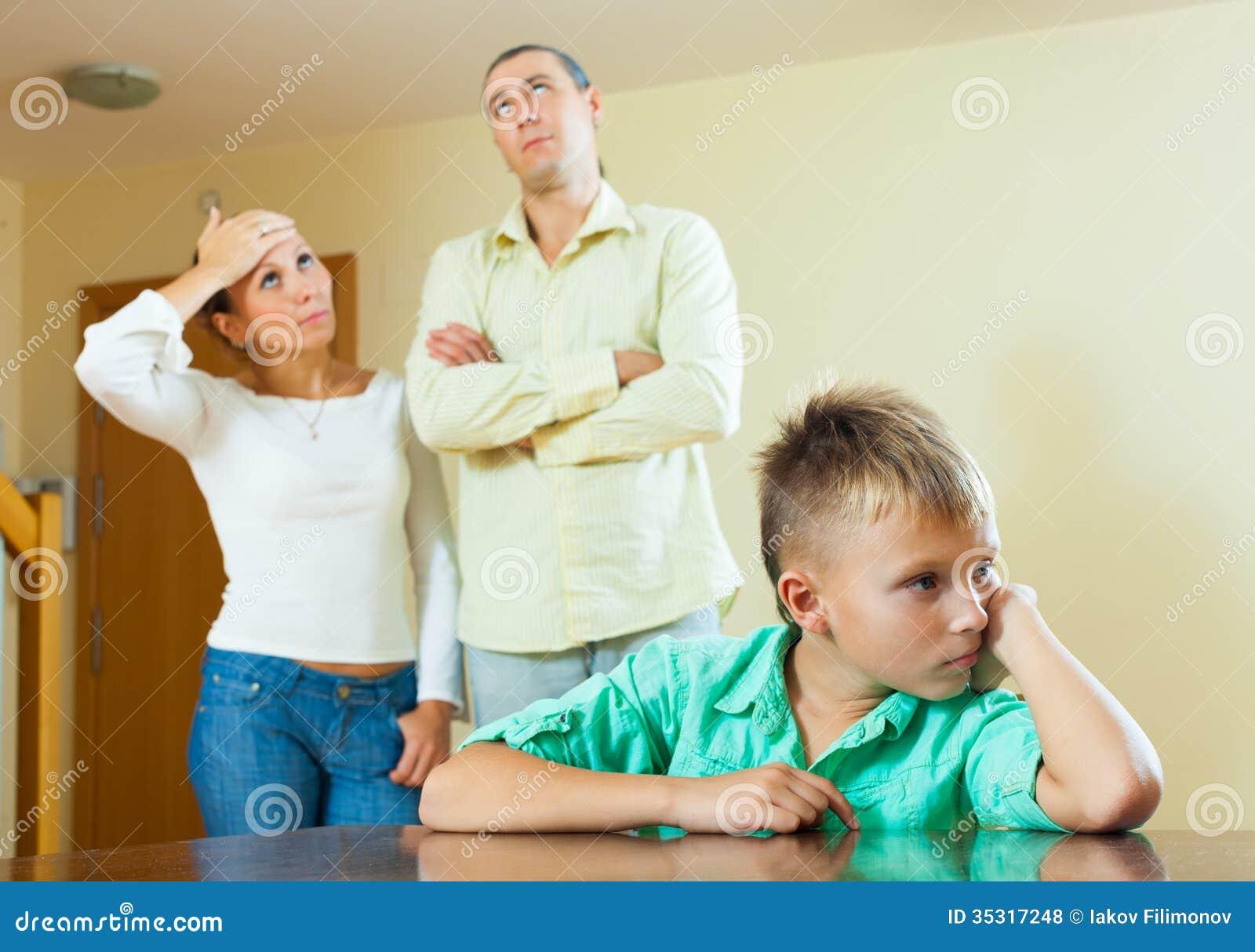 Сын наблюдает за сексом родителей, Подсмотрел за сексом родителей -видео. Смотреть 22 фотография