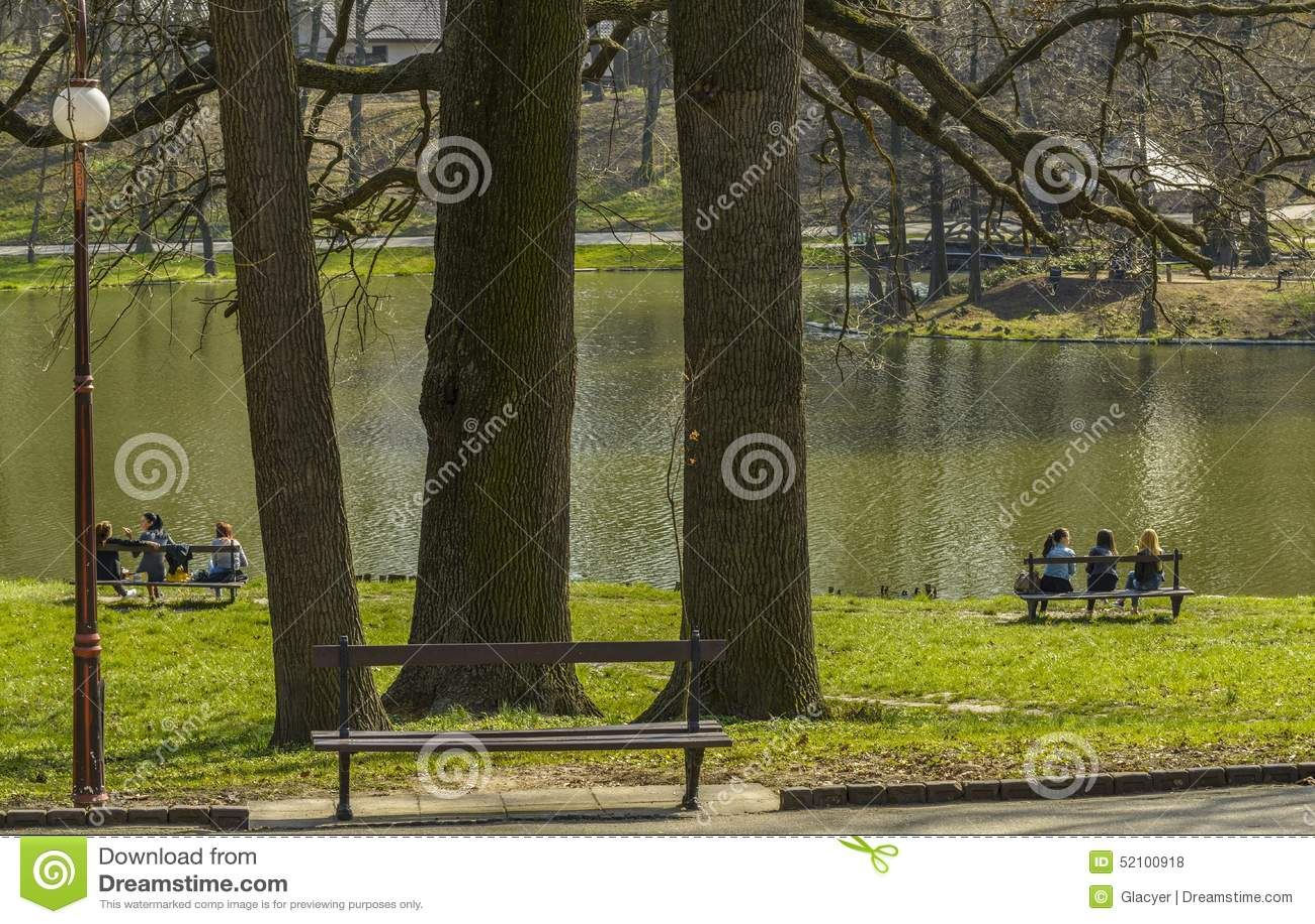 Teens στο πάρκο