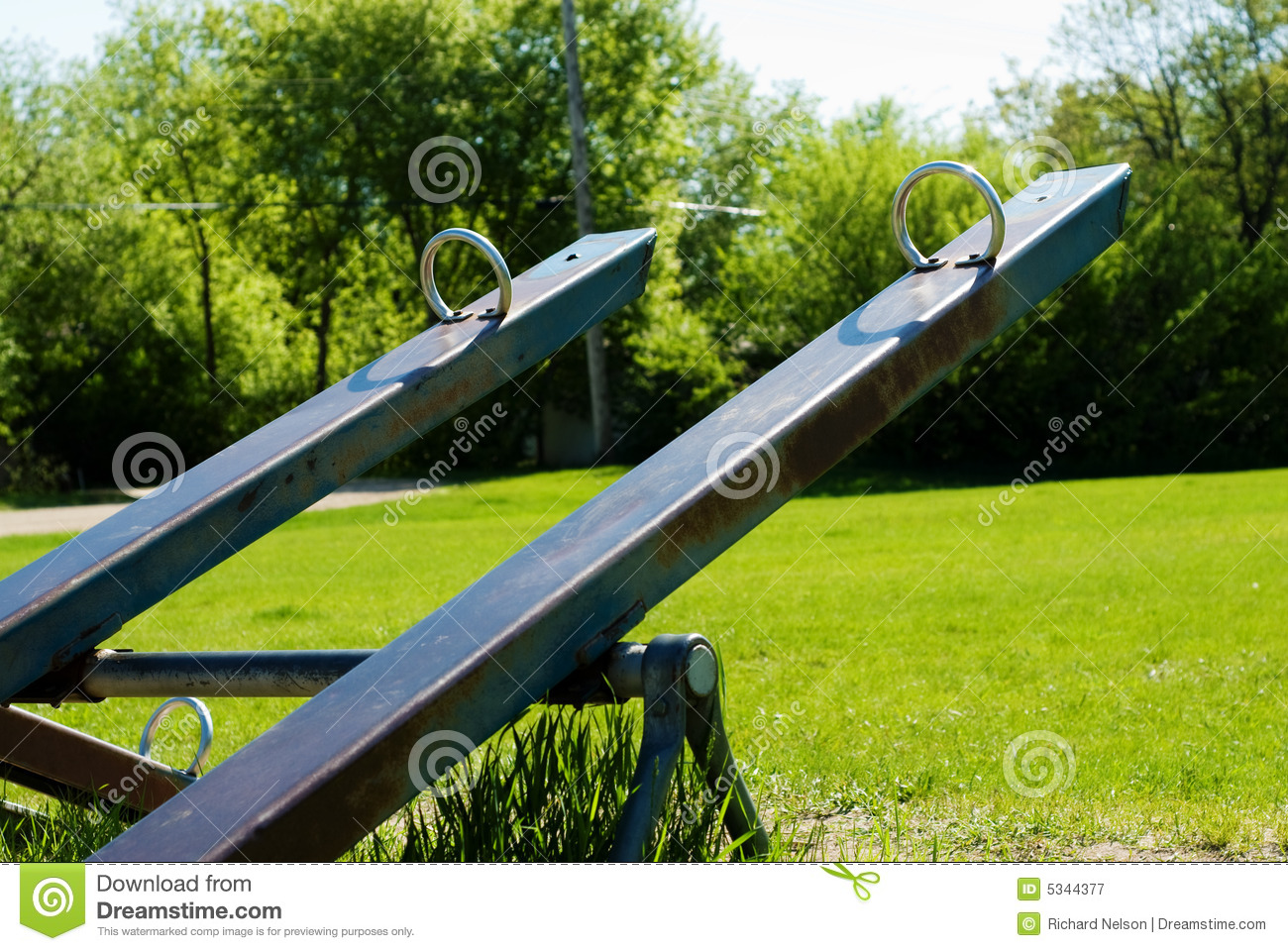 Teeter totter royalty free stock photography image 5344377 for Seesaw plans designs