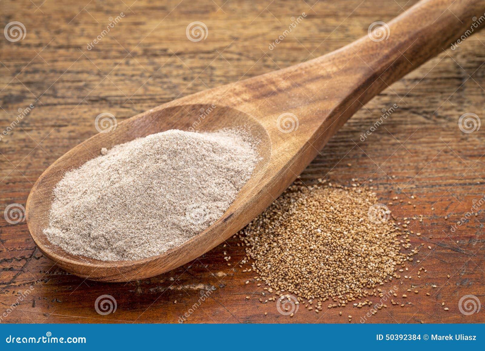 Teff korn och mjöl