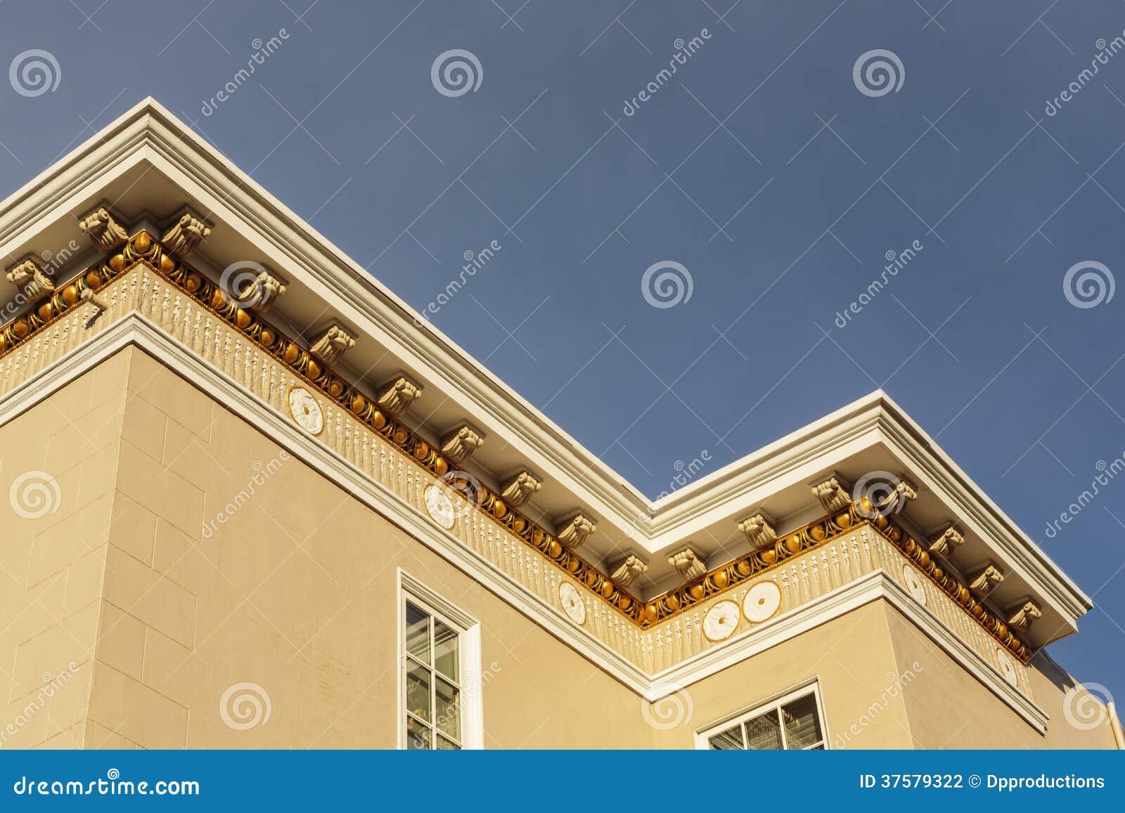 Tejado exclusivo de la casa y detalle de la cornisa foto - Cornicione casa ...