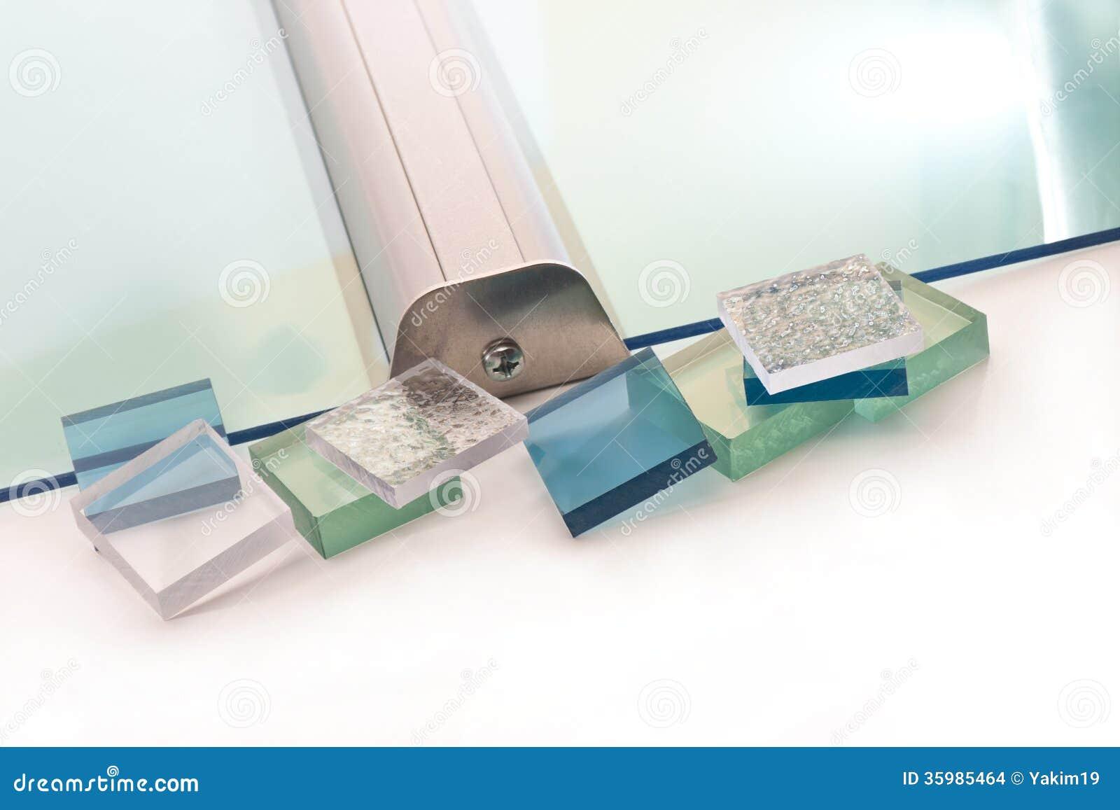 Tejado transparente imagenes de archivo imagen 35985464 for Plastico para tejados