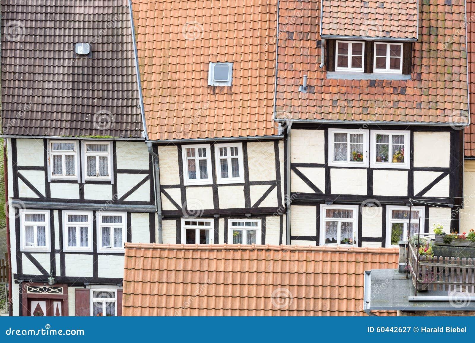 Tejados renovados de casas de entramado de madera foto de for Tejados de madera casas