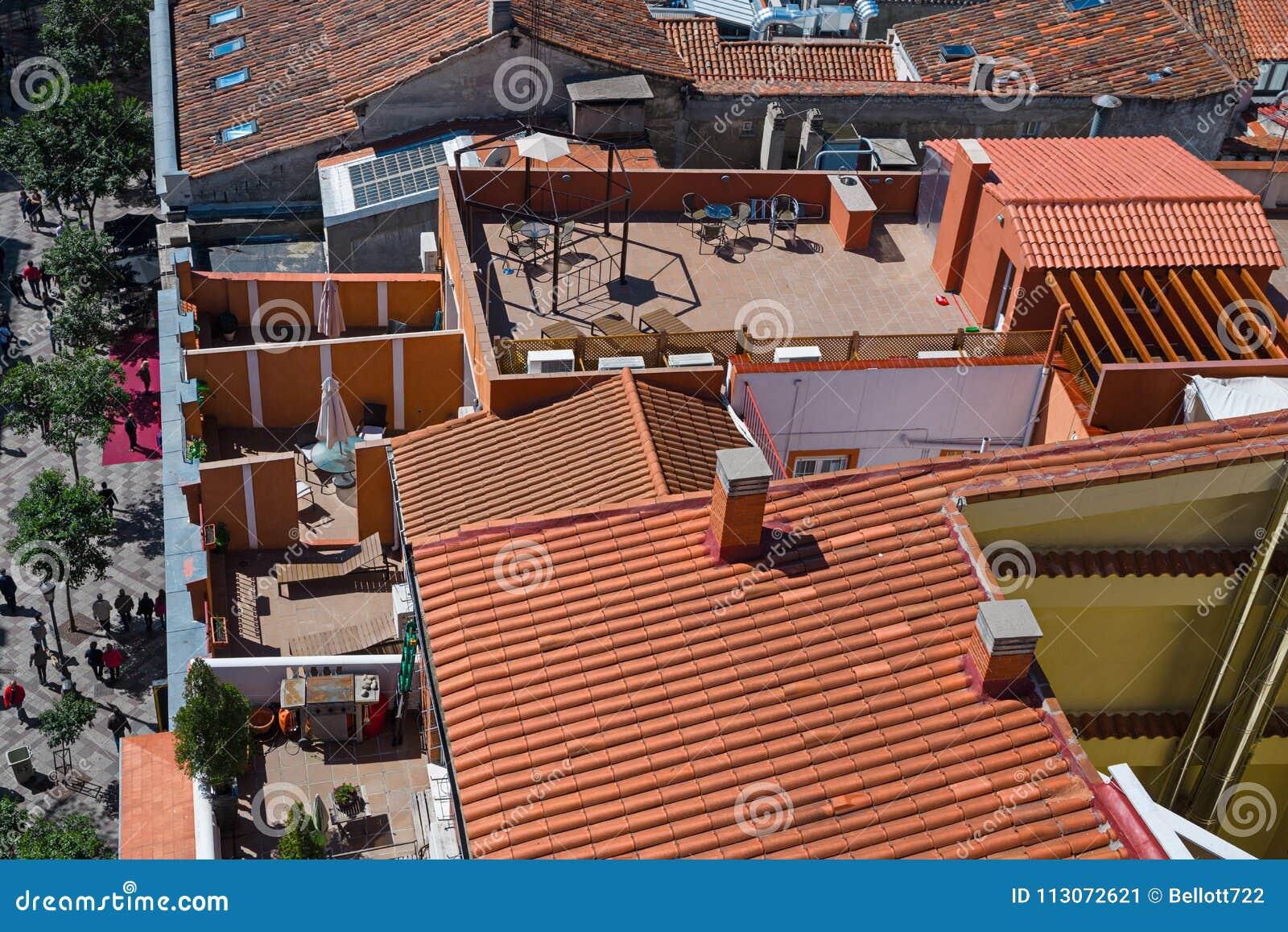 Tejados Y Terrazas En El De Calle De La Montera Del