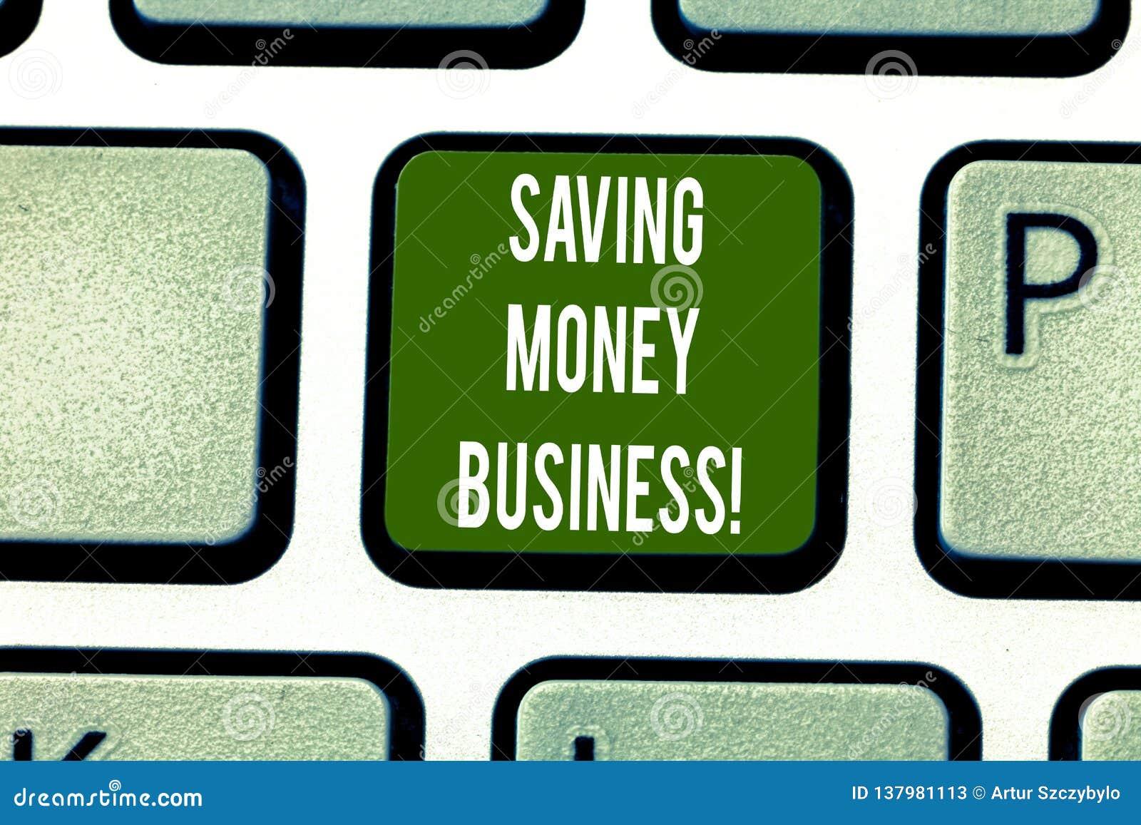 Teksta oszczędzania pieniądze szyldowy pokazuje biznes Konceptualna fotografia zawiera kwotę opuszczać po wydawać klawiaturę pien