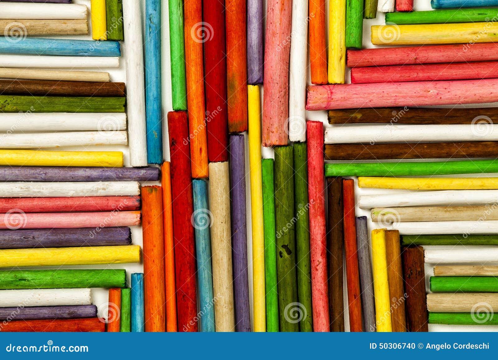 Tekstura drewniani kije barwiący Kierunek w kierunku centrum