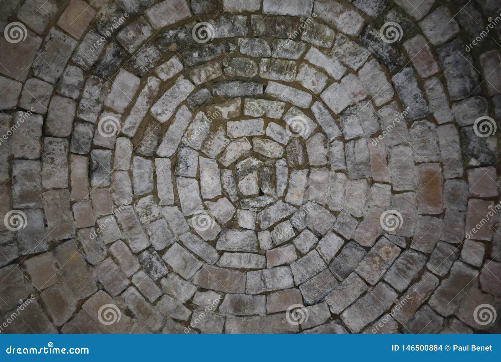 Tekstura - Stare biel skały cegły w okręgach