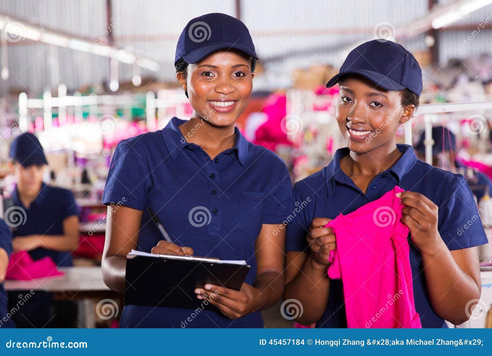 Tekstylni fabryczni pracownicy