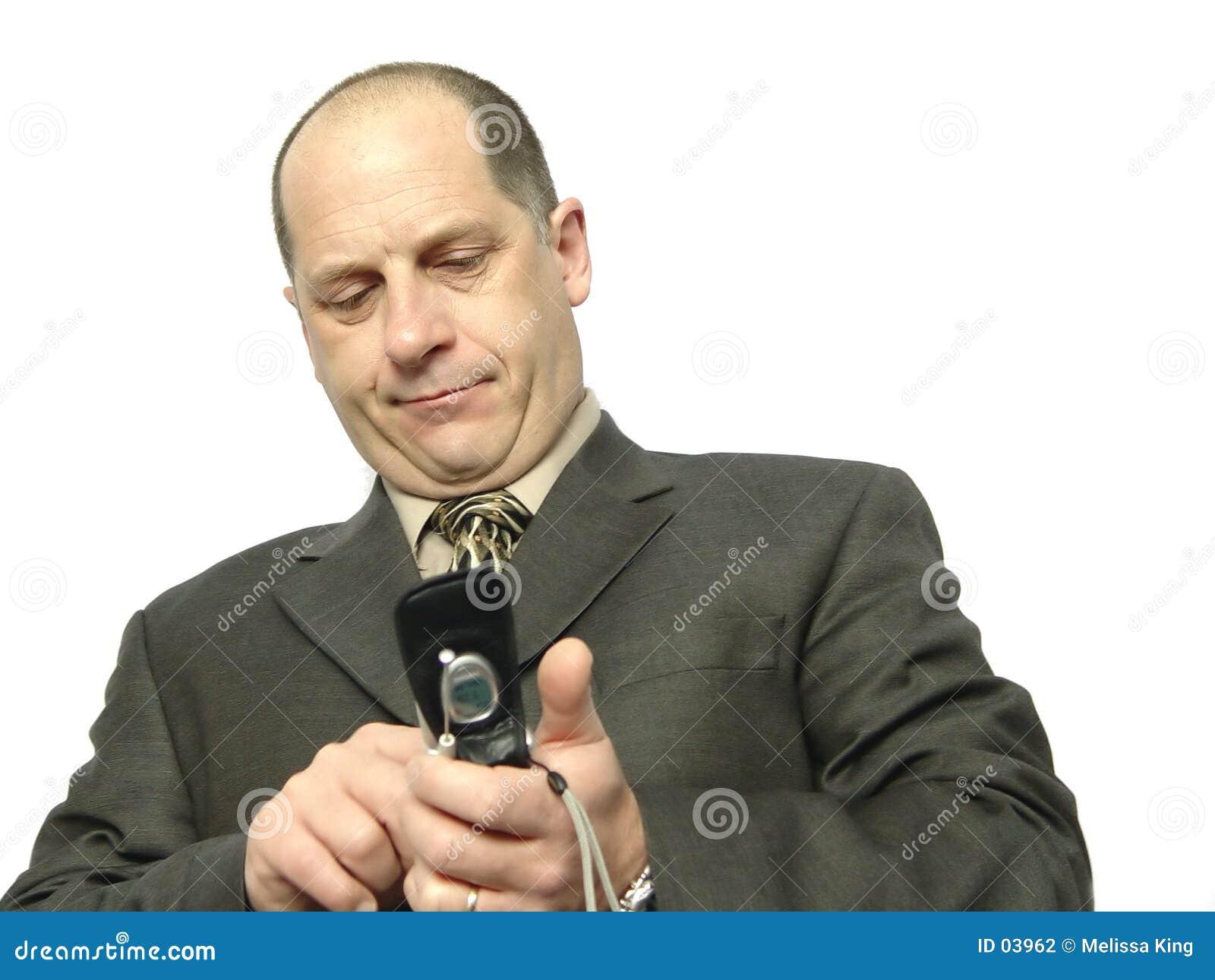 Teléfono de marca del hombre de negocios