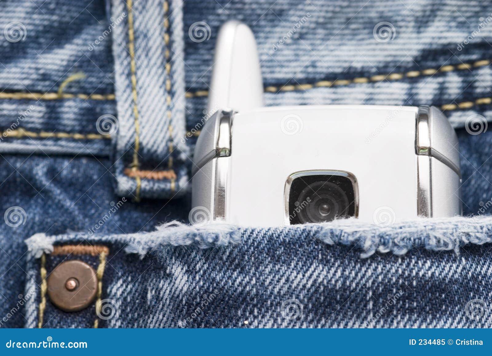 Teléfono en el bolsillo