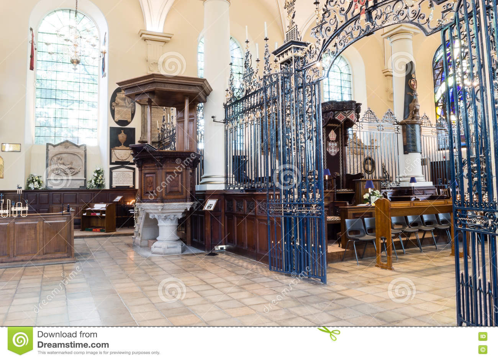Tela de rood de Derby Cathedral Pulpit e do ferro