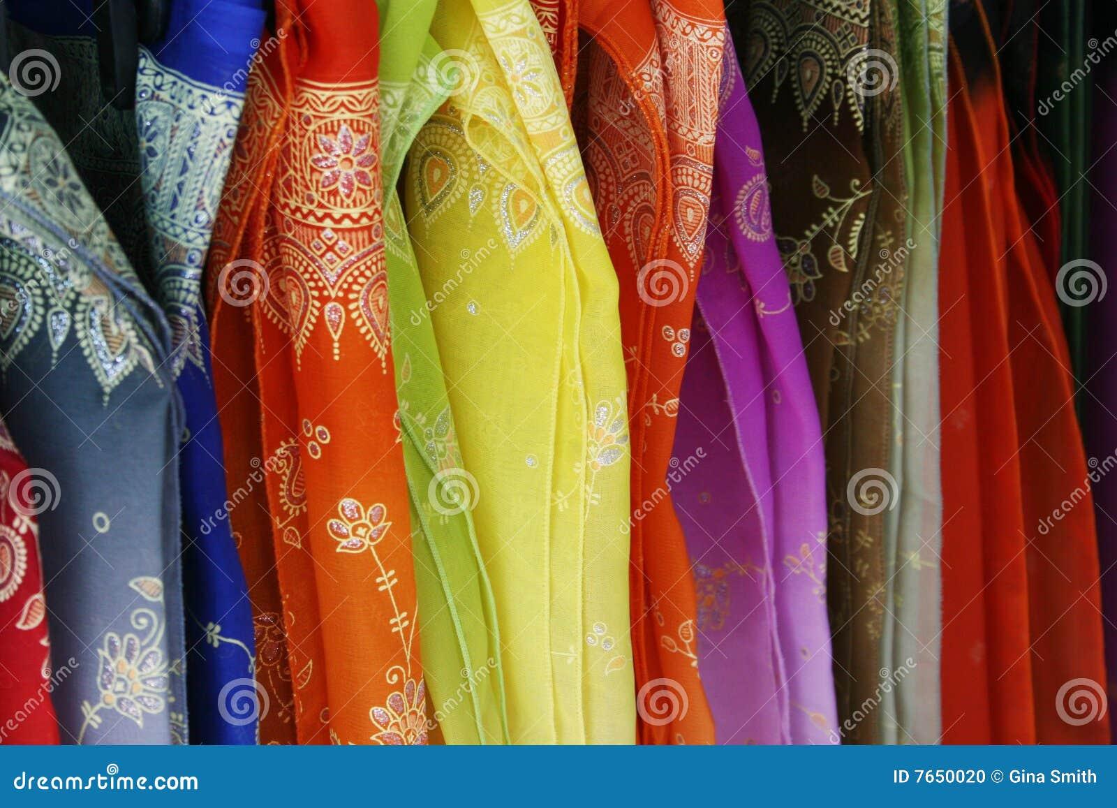 Telas de seda foto de archivo imagen de estante lujo for Telas para manteles precios