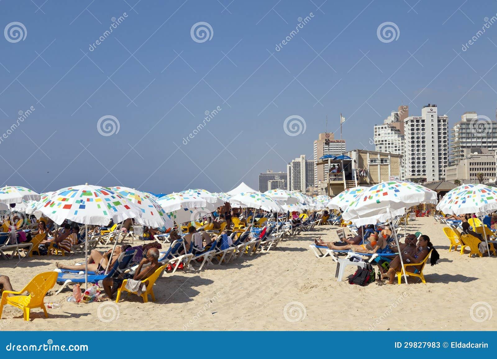Verão na praia em Telavive Israel