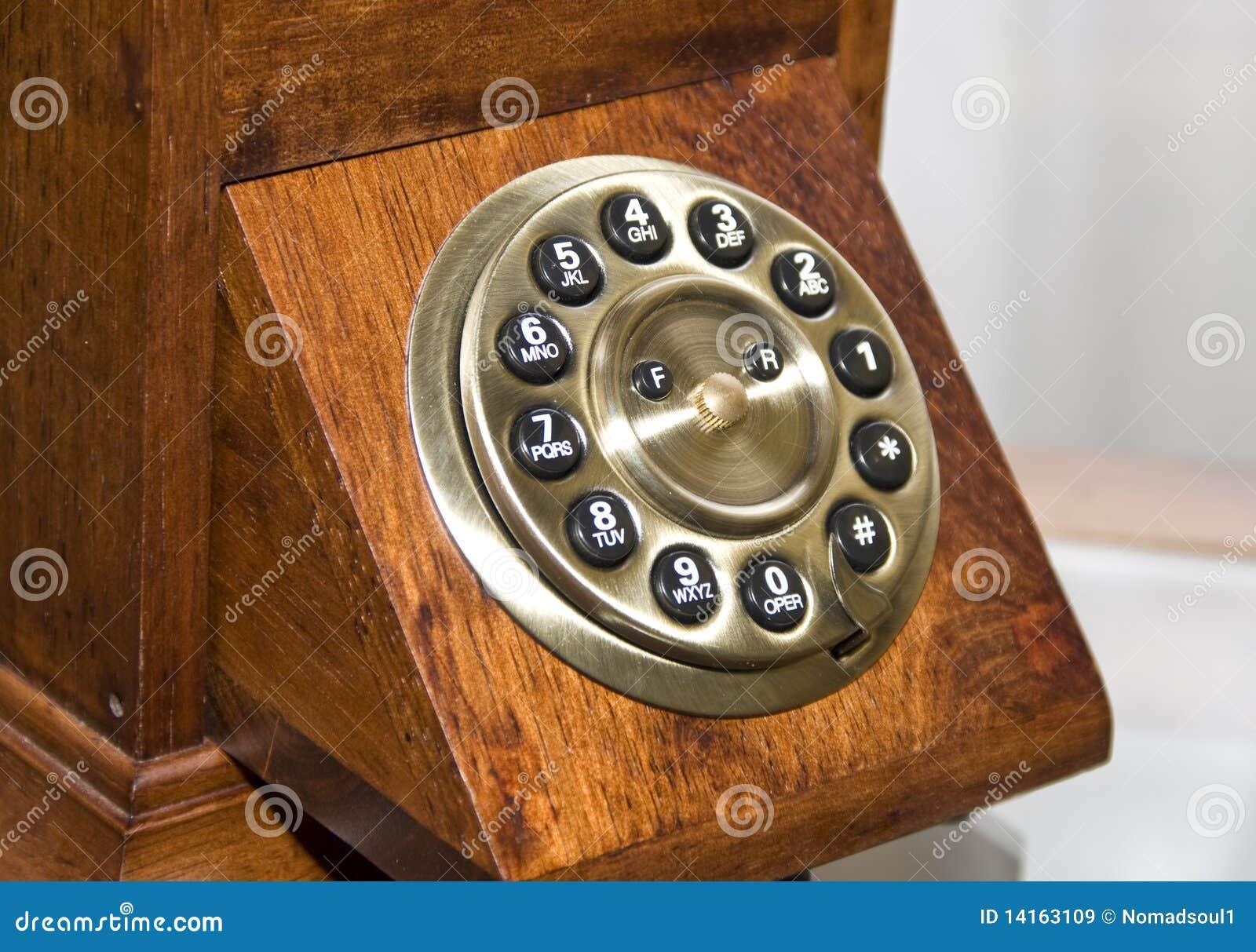Telefone de madeira retro