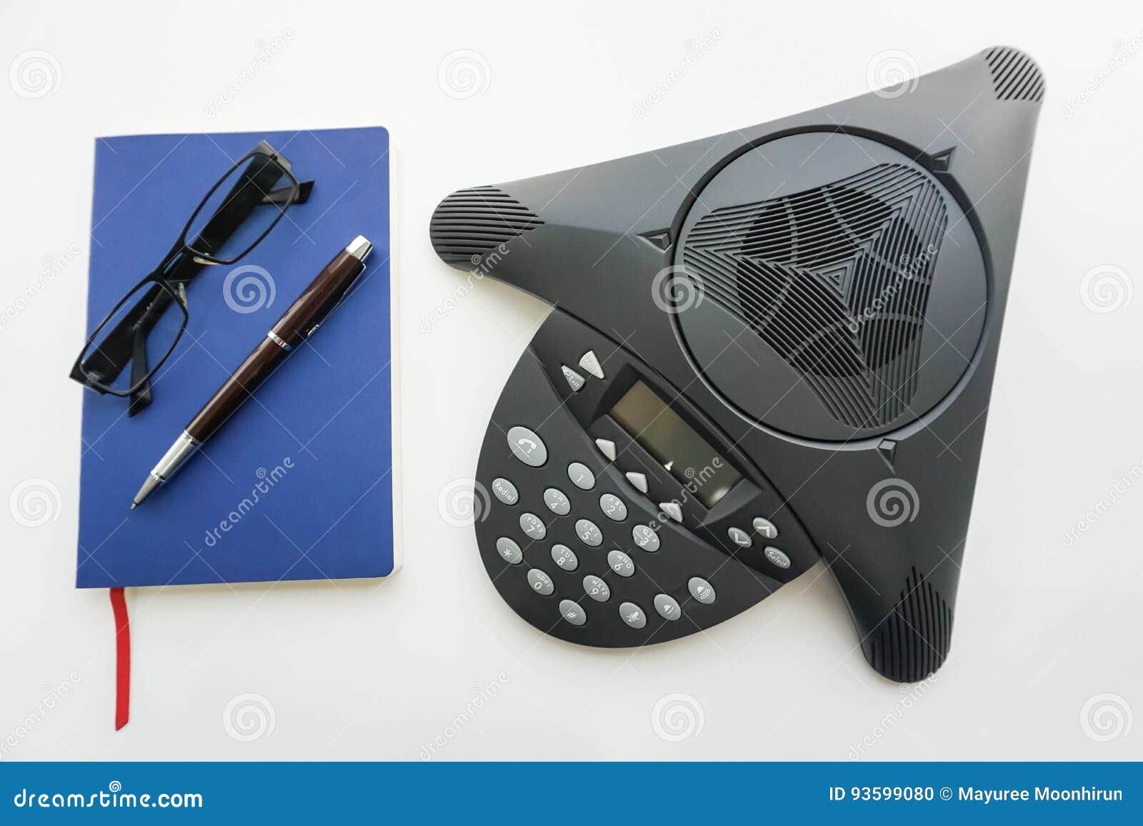 Telefono Di Conferenza Del IP Di Voip Con Il Taccuino E ...