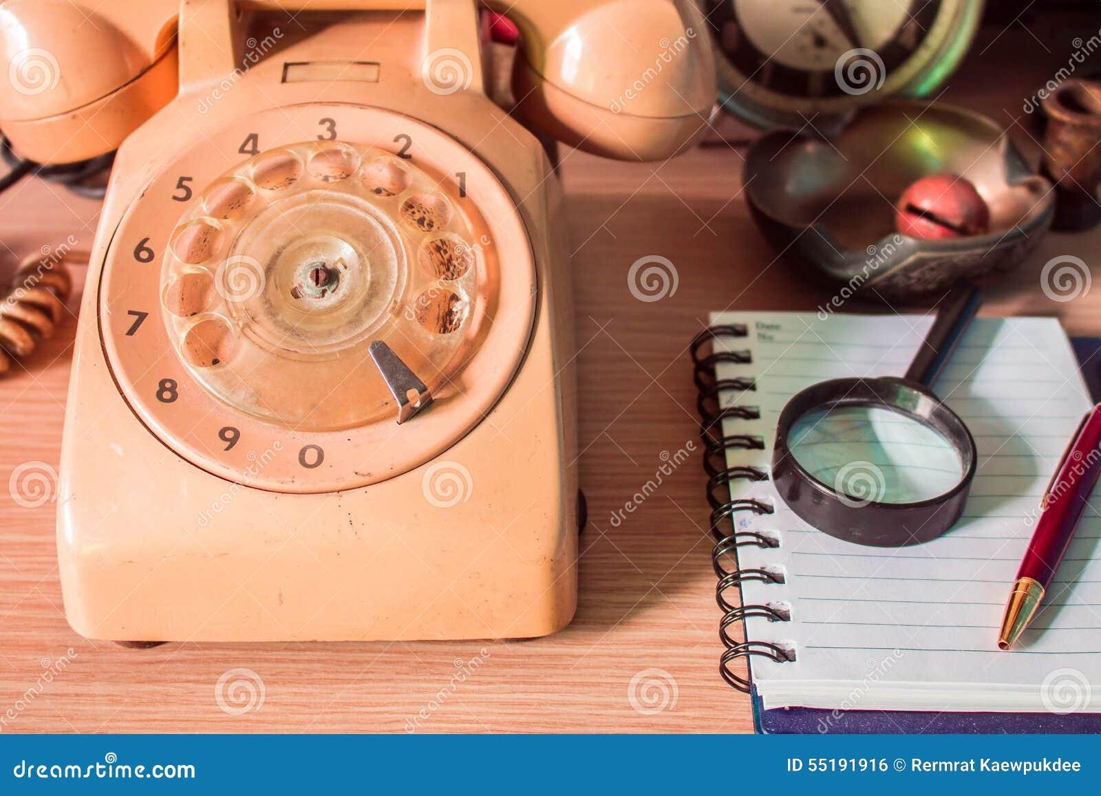 Telefono e cancelleria