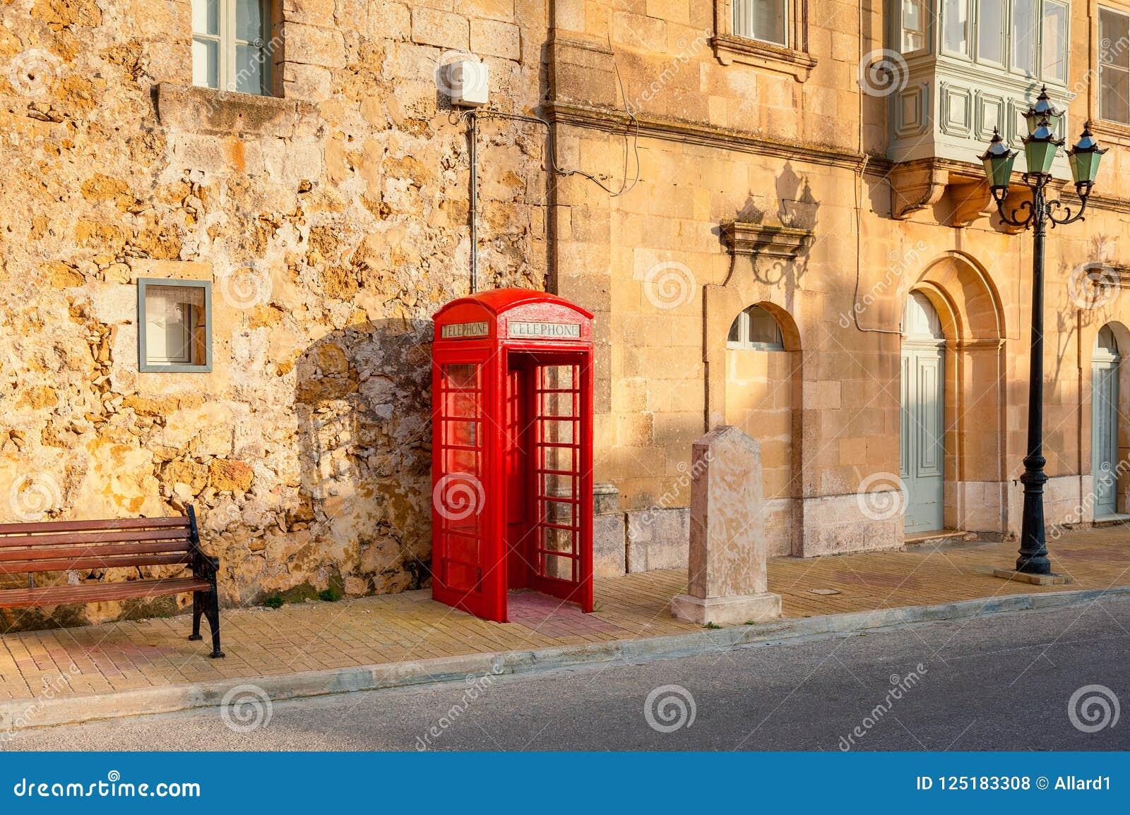 Telefooncel in Straat van Gozo Malta