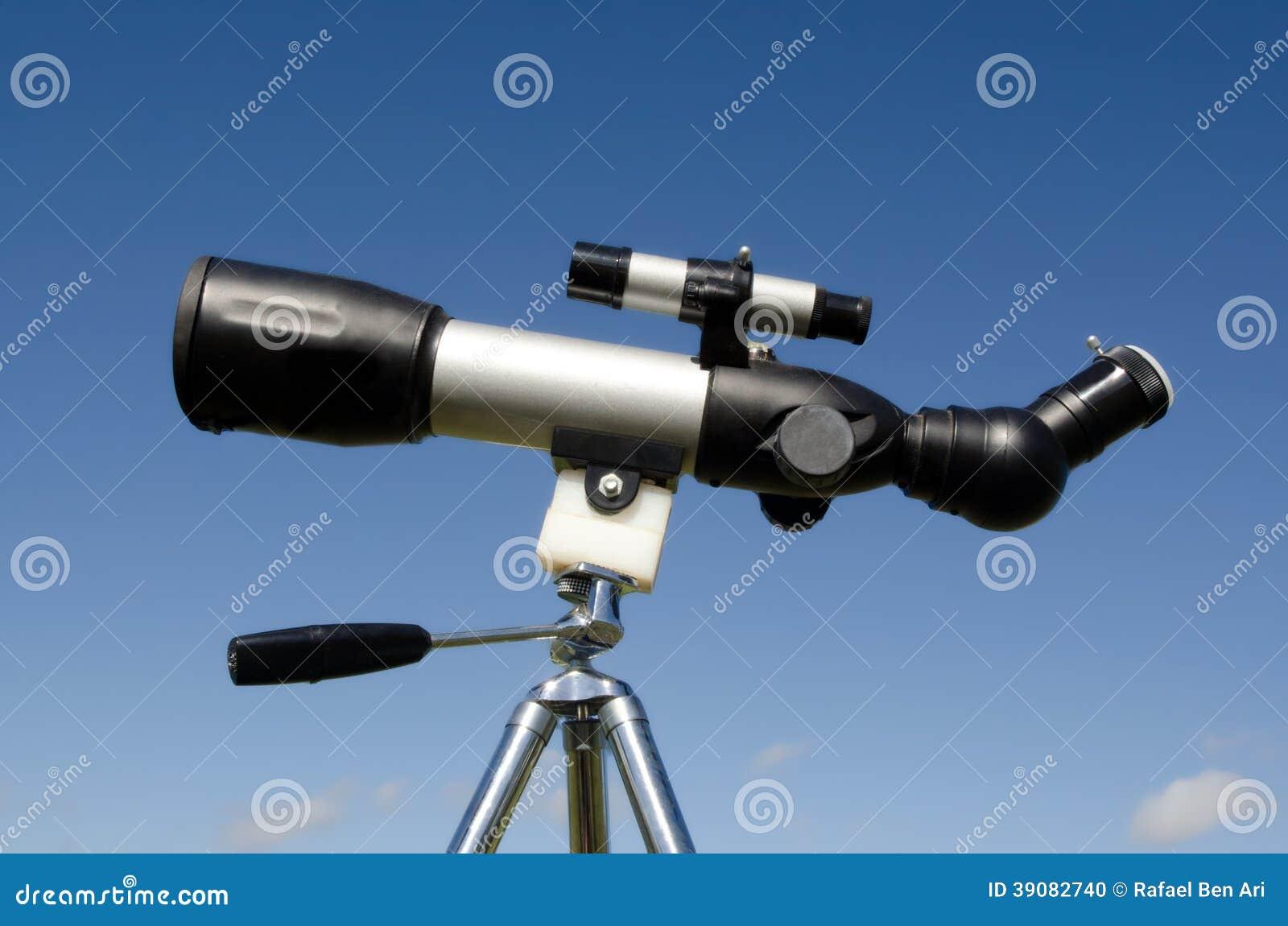 Teleskop auf stativ stockfoto bild von konzept instrument