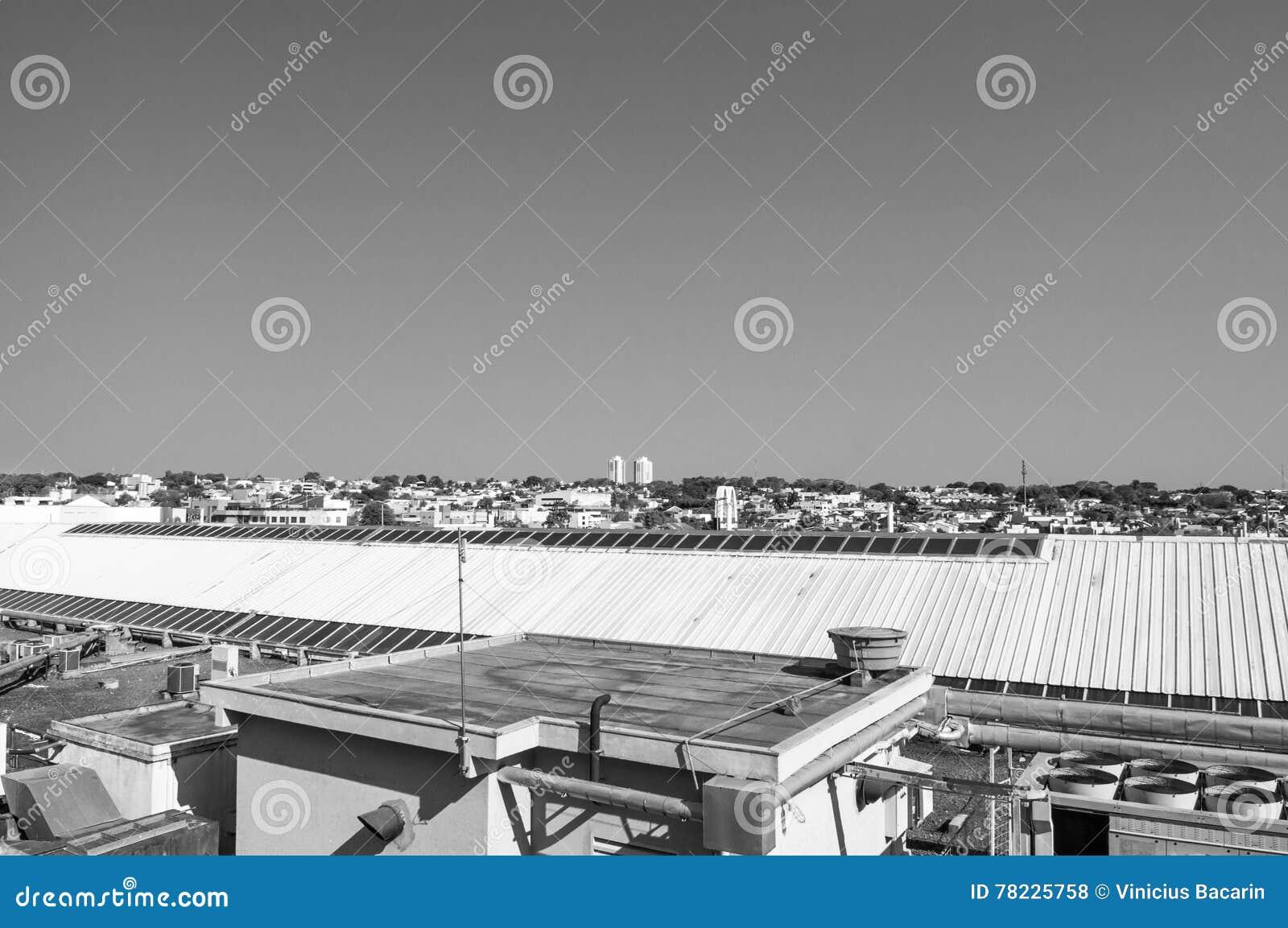 Telhe a vista onde pode observar a cidade de Campo grandioso