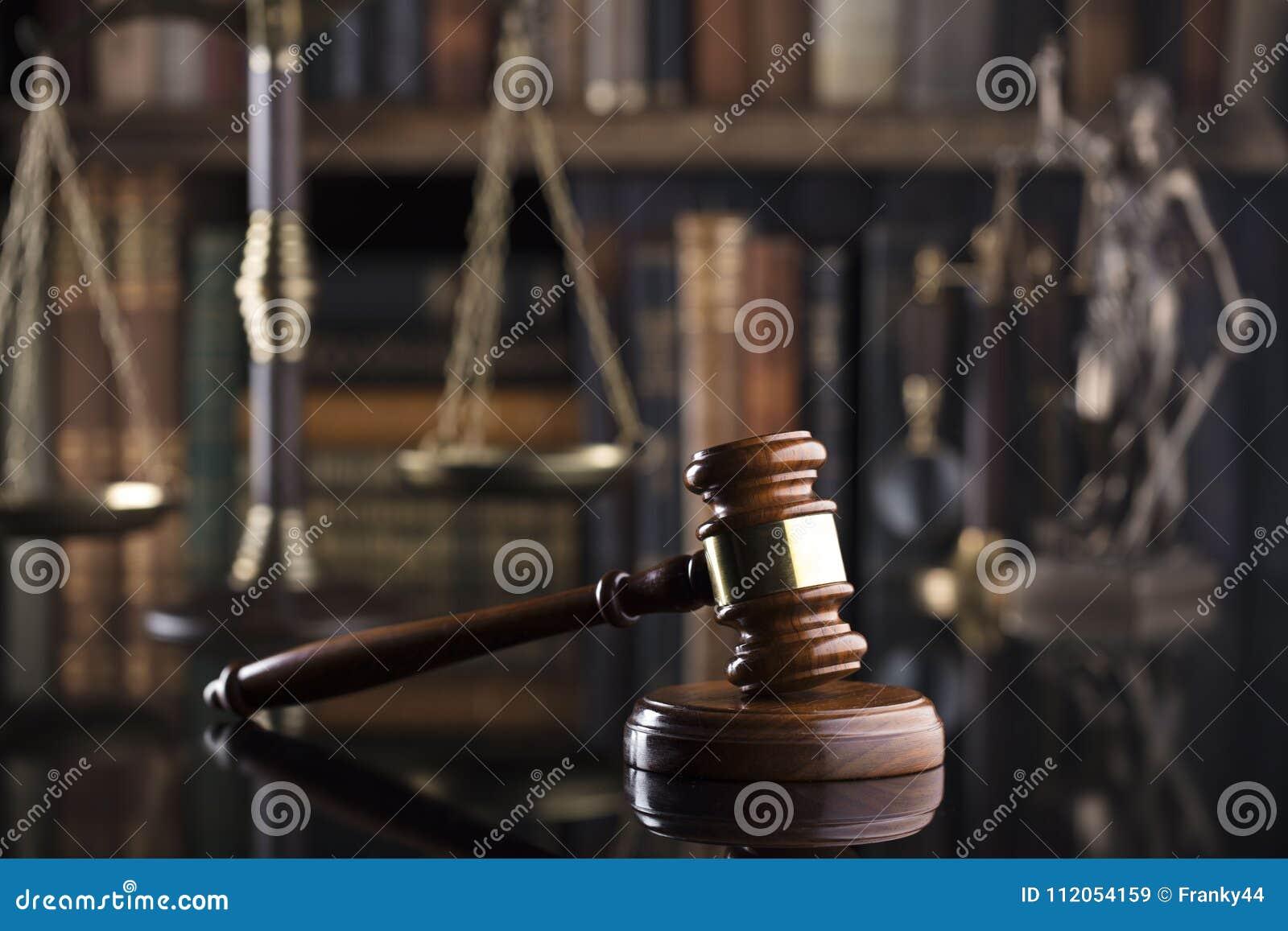 Tema de la ley y de la justicia Concepto del juez