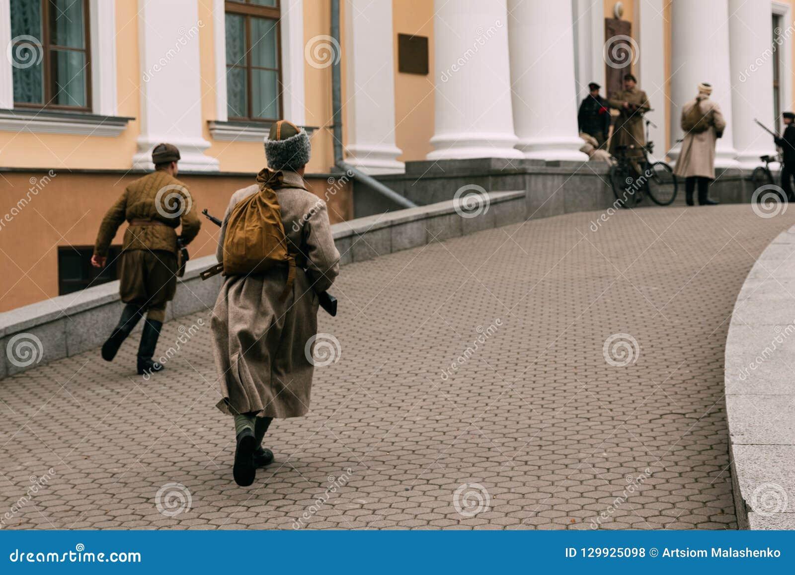 Tempête d octobre Bolsheviks de révolutionnaires le palais