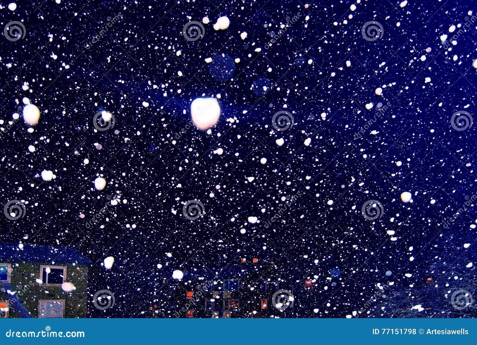 Tempête de neige et lumières de neige