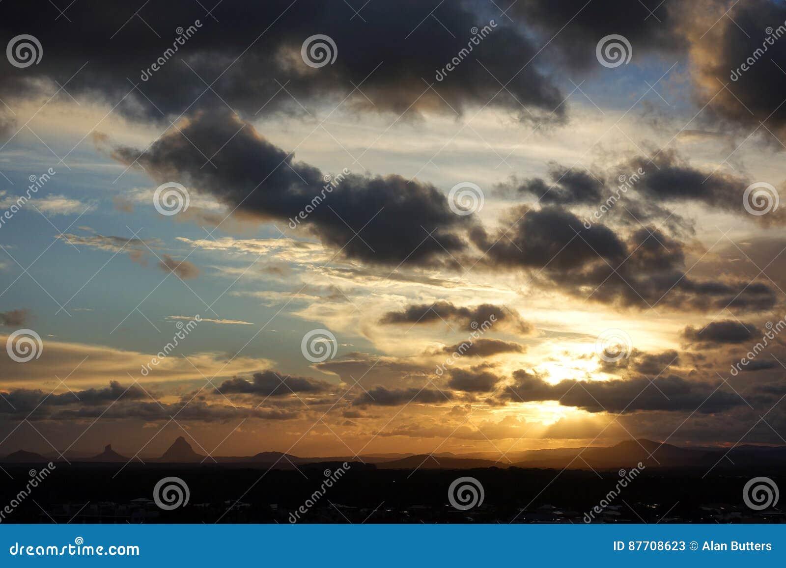 Tempêtes de soirée au-dessus de Caloundra 5