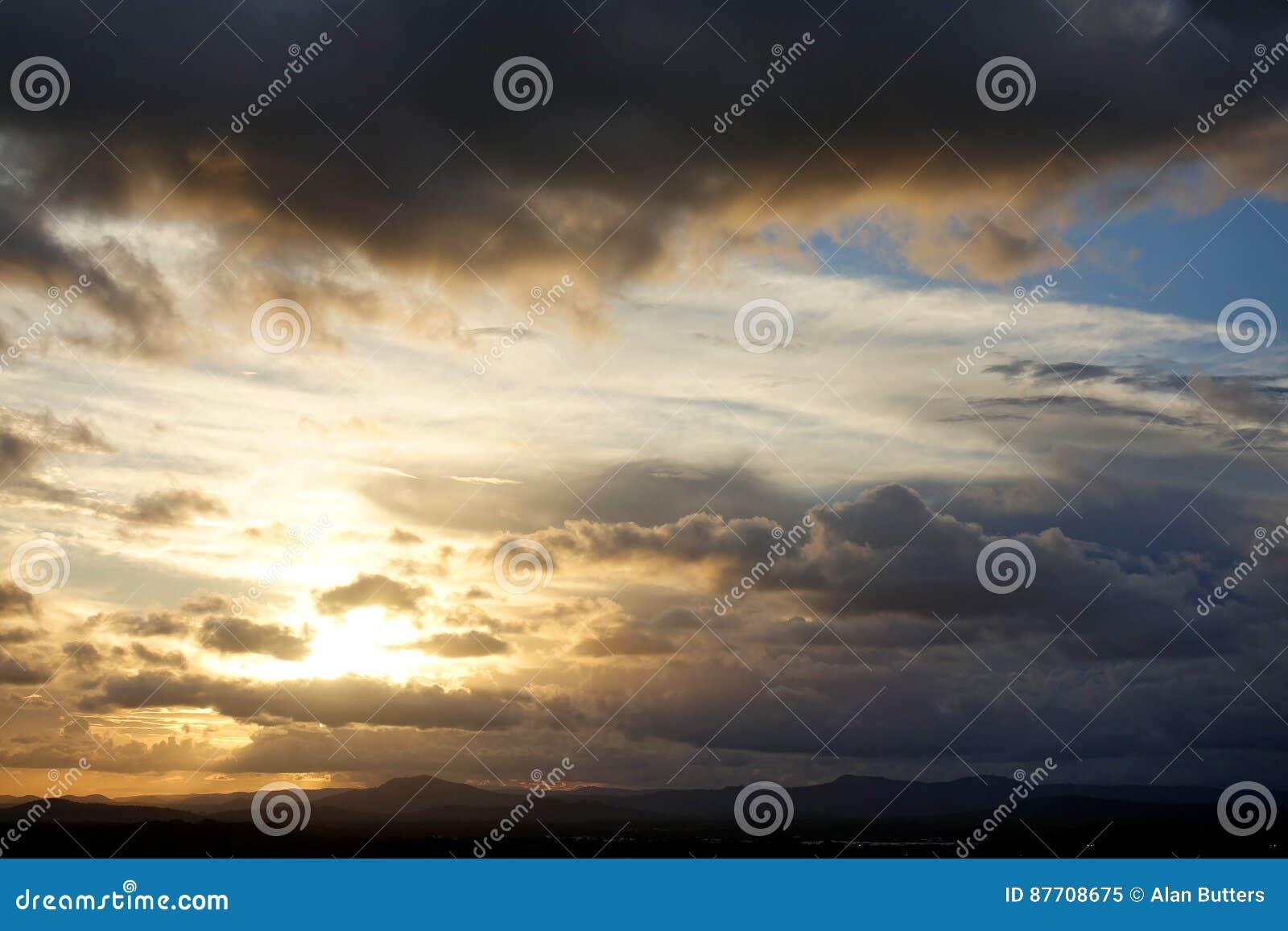 Tempêtes de soirée au-dessus de Caloundra 4